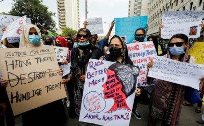 Brutal killing spotlights violence against women in Pakistan