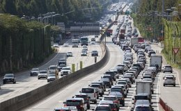 Highways clog with traffic as Chuseok exodus is in full swing