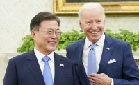 Moon, Biden expected to meet on sidelines of G20 summit or UN climate talks