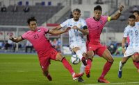 Korea earn hard-fought draw vs. Argentina in Olympic football tuneup match