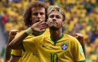 Neymar sends Brazil to knockout stages