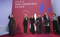 Colorful runways decorate Seoul Fashion Week