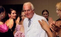 French couturier Hubert de Givenchy dies at 91