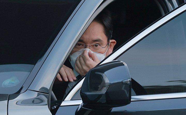 Two 'manageable tasks' facing Samsung leader Lee Jae-yong